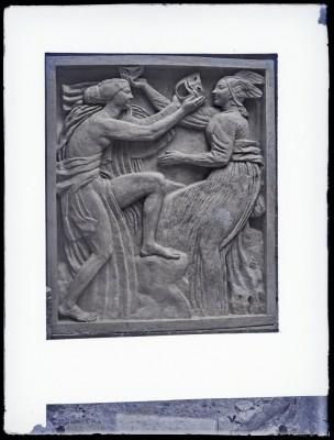 La Comédie, bas-relief du théâtre des Champs-Élysées, 1912